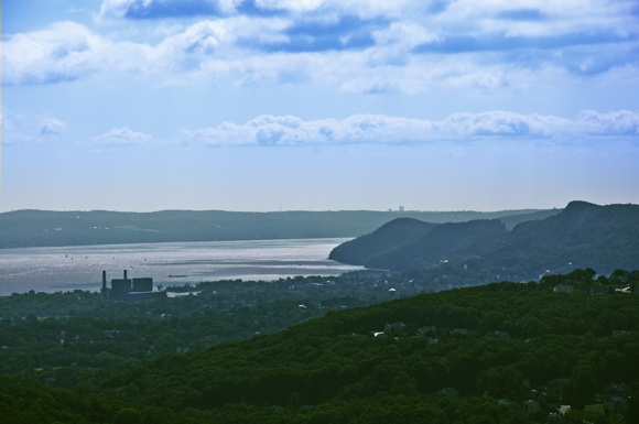 Haverstraw Bay From Pyngyp
